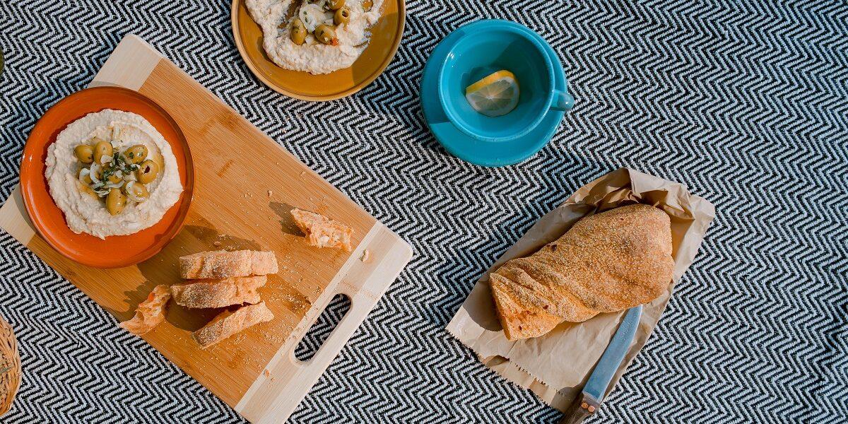 humus y pan cortado recetas